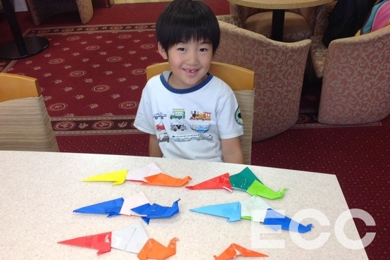I made 6 dinosaurs!! Well done! 大変良くできました!|天神イムズ校の子供英会話・小学生の英会話教室・スクール